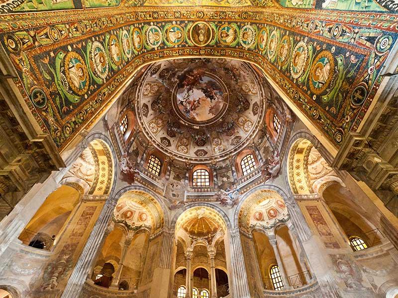 Guida di Ravenna, mosaici di luce