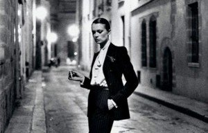 helmut-newton-vogue-paris-1975-