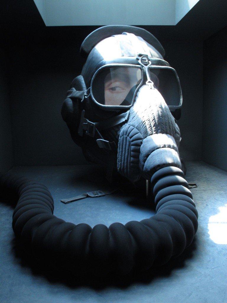 La maschera di Irina Nakhova al Padiglione della Russia