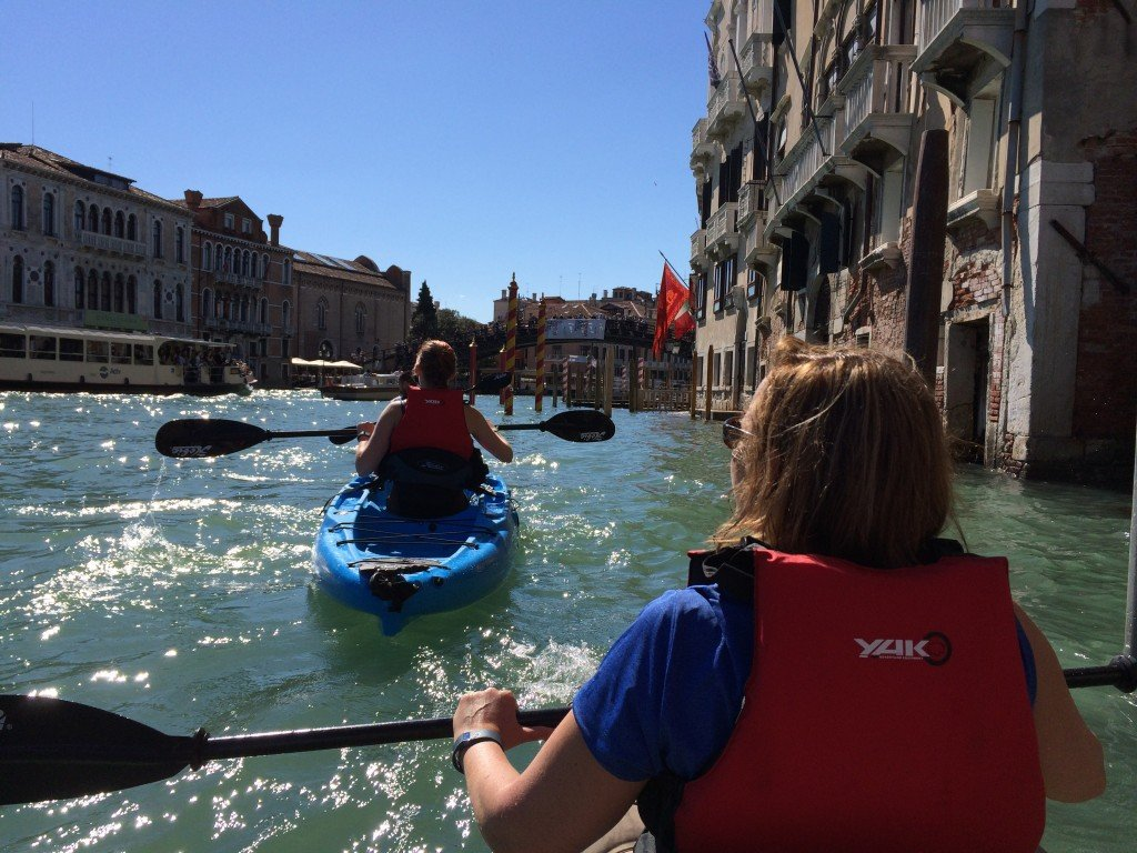 Venezia in kayak