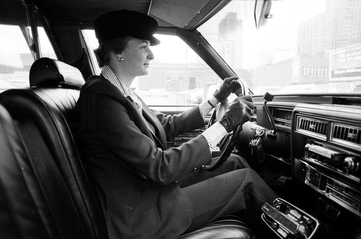 Donne alla guida, una sfida al pregiudizio