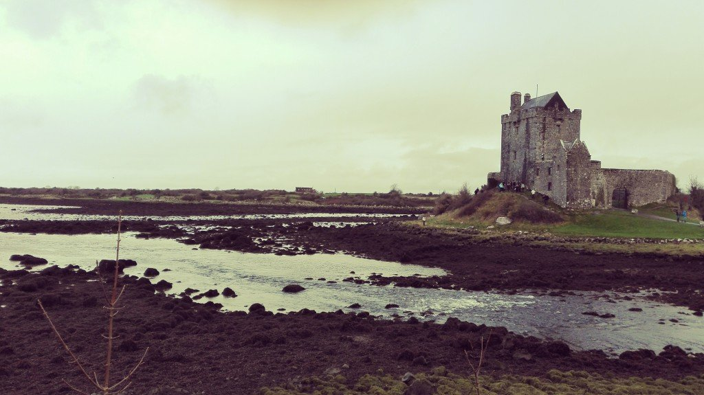 Dinguaire Castle
