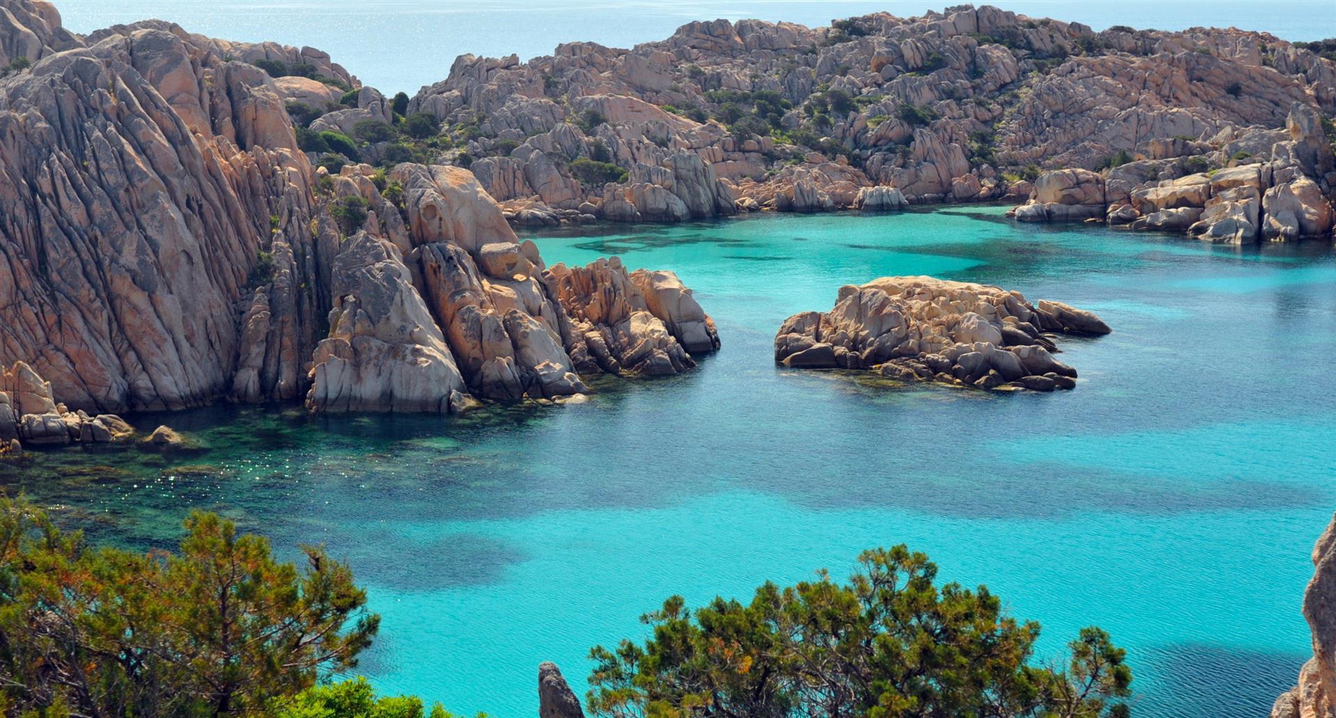 Tutto quello che devi sapere per andare in Sardegna in traghetto