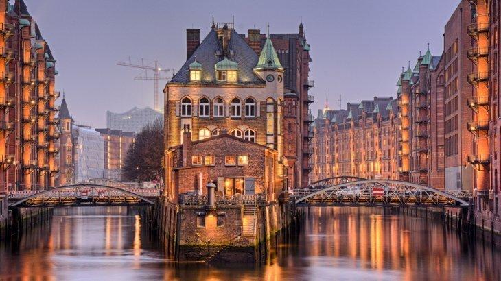 Amburgo e la strada proibita alle donne