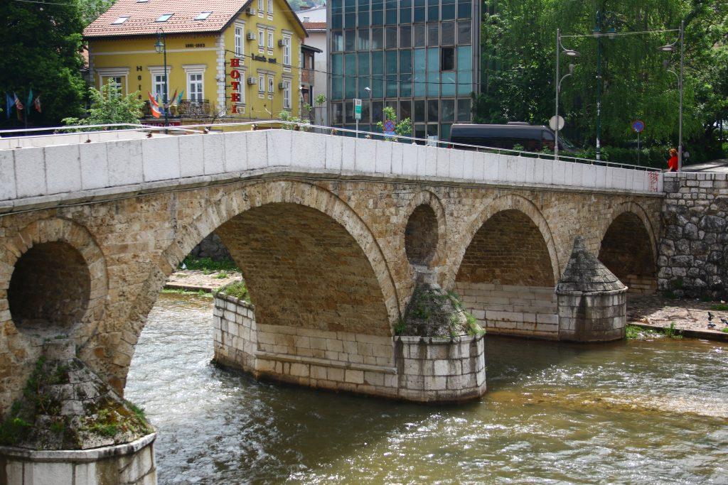 Sarajevo-ponte-arcidura
