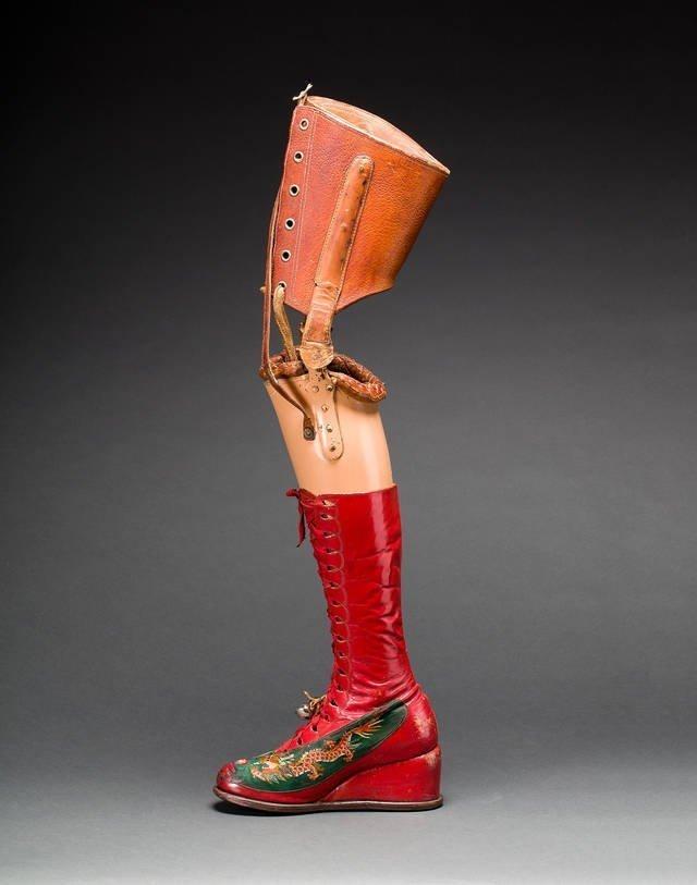 Protesi-frida-kahlo