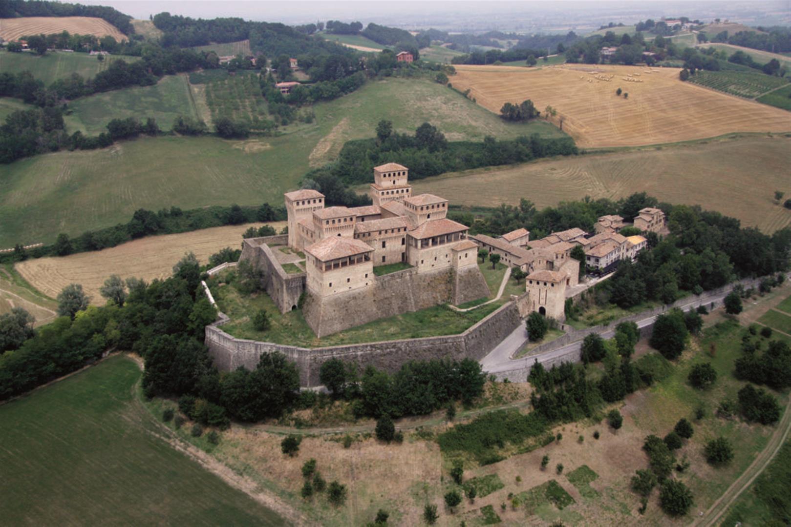 Castello di Torrechiara - castelli delle donne