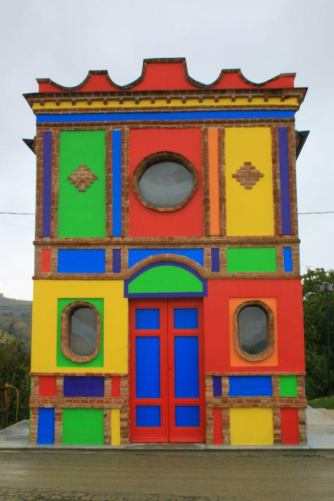 La chiesa dipinta di Sol Lewitt