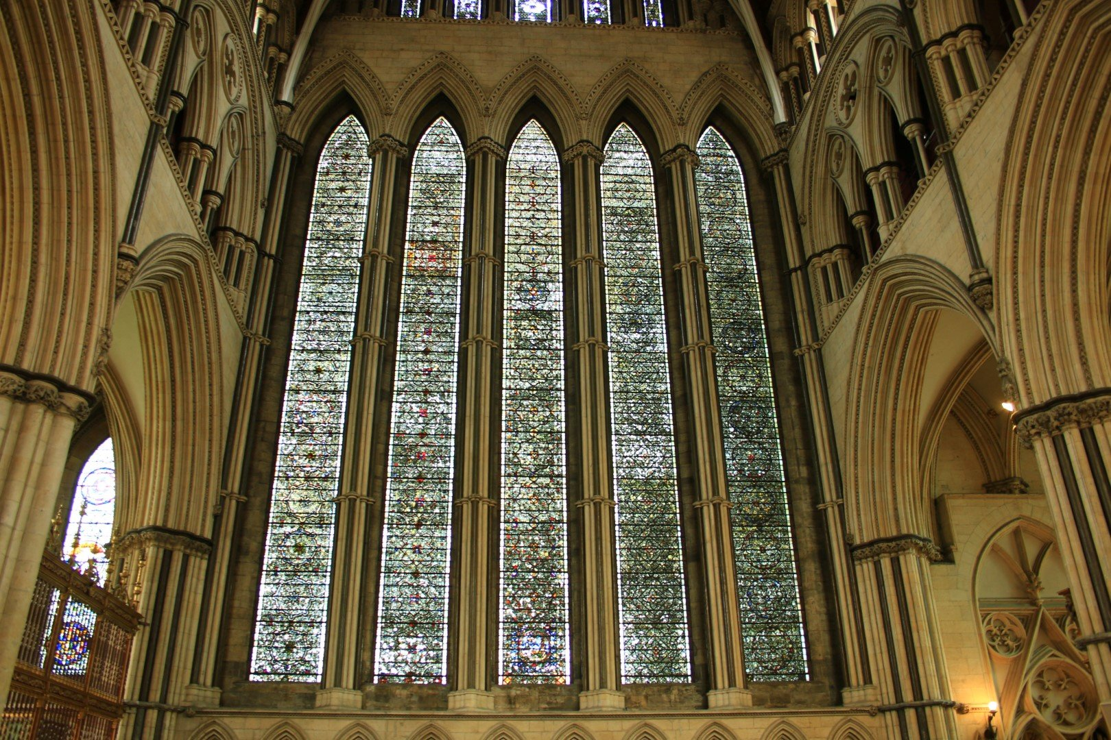 stained-glass-york-minster
