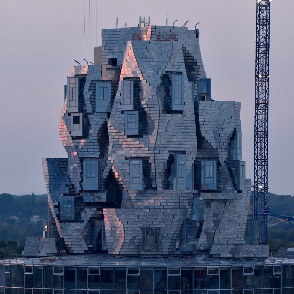 luma-arles-tower-frank-gehry